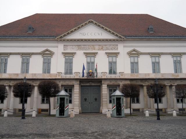 Roya Palace Entry